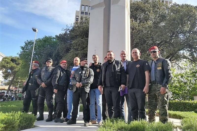 Ispraćaj motorista na karavanu 27 krunica za 27 godina 4.gardijske brigade
