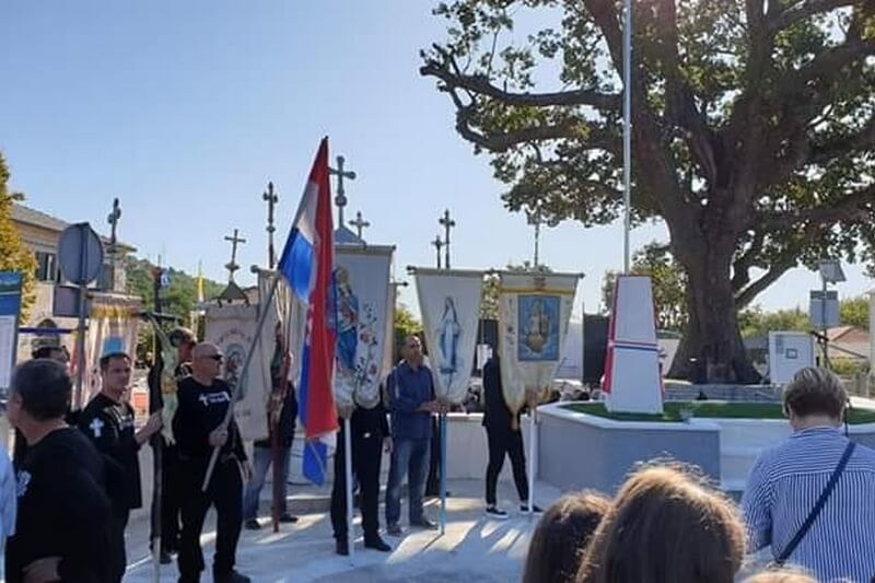"Veterani 4. gardijske brigade na otvorenju spomen obilježja ""Ivo Ban"""