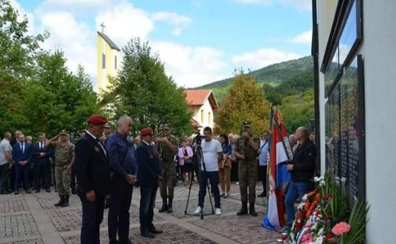 Veterani 4. gardijske brigade na obilježavanju 26. obljetnice stradanja Hrvata u Uzdolu