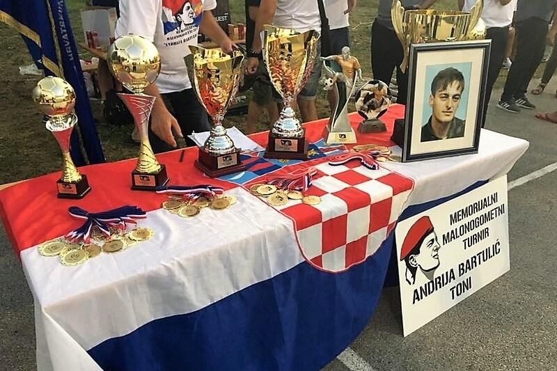 """Završen 14. Memorijalni malonogometni turnir """"Andrija Bartulić-Toni"""""""