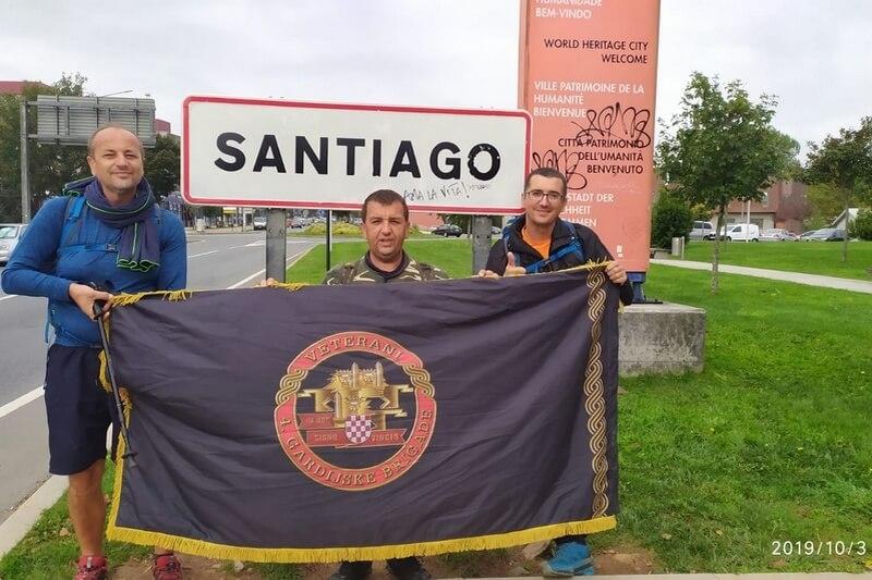 Veterani 4. gardijske brigade na hodočašću Putem svetog Jakova stigli u Santiago de Compostelu