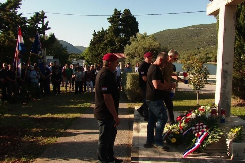 Veterani 4. gardijske brigade u Stonu na proslavi obljetnice Dana hrvatskih branitelja Pelješca