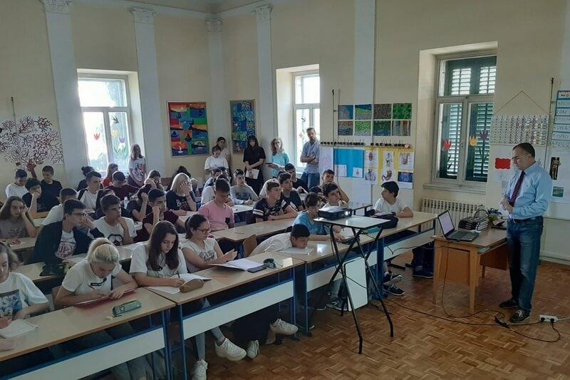 Veterani 4. gardijske brigade održali predavanje za tri razreda Osnovne škole Manuš u Splitu