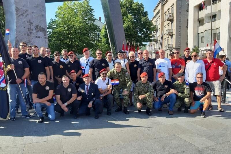 "Veterani 4. gardijske brigade na proslavi 24. obljetnice VRO ""Oluja"" u Kninu"