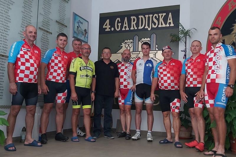 Veterani 4. gardijske ugostili sudionike 11. biciklističkog ultramaratona