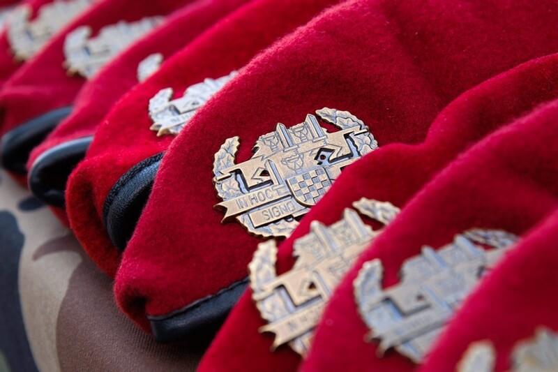"Poziv na svečanu dodjelu beretki pripadnicima 3. mehanizirane bojne ""Pauci"" Gardijske mehanizirane brigade Hrvatske kopnene vojske"