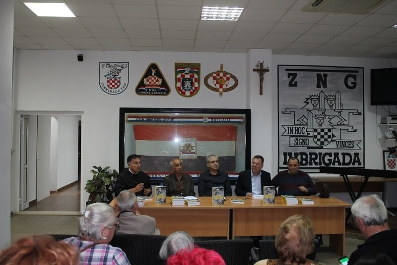 """Ante Raos predstavio svoju knjigu """"Pogled iz kolica"""""""