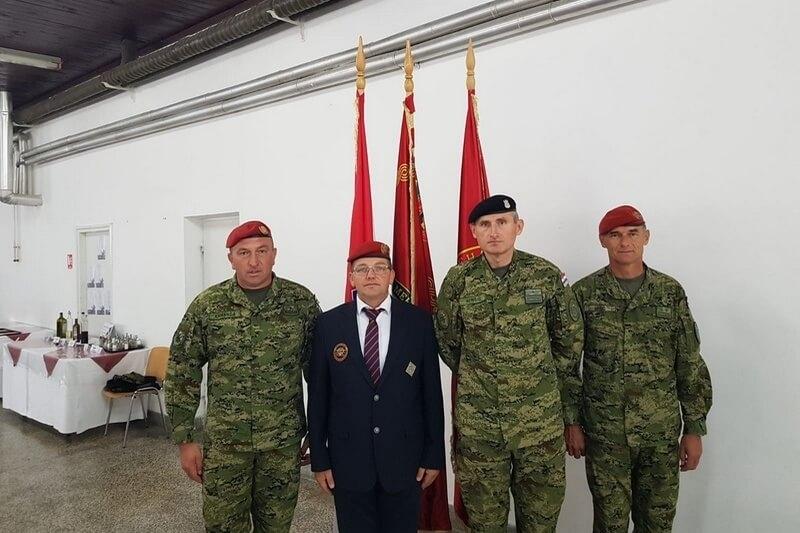 "Veterani 4. gardijske brigade na svečanoj primopredaji dužnosti zapovjednika 3. mehanizirane bojne ""PAUCI"" Gardijske mehanizirane brigade"