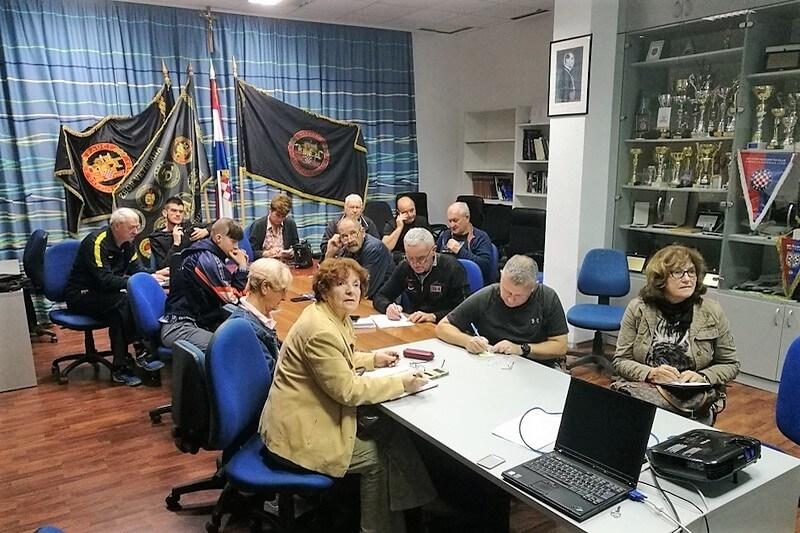 U udruzi veterana 4. gardijske brigade održana besplatna radionica informatike