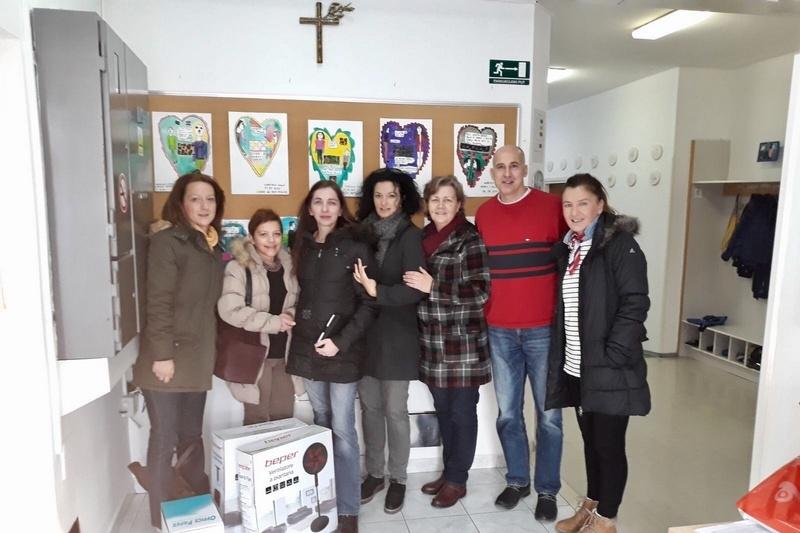 Klub žena Udruge veterana 4. gardijske brigade donirao opremu Centru za autizam