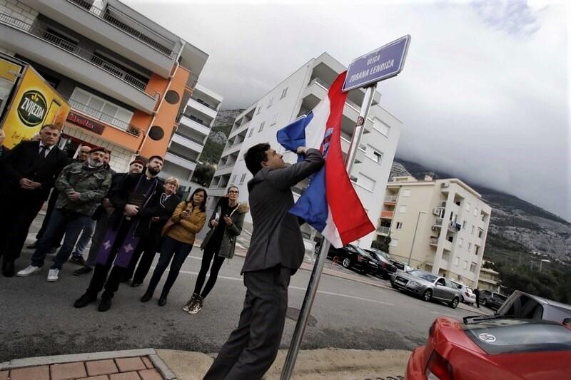U Makarskoj otvorena ulica Zorana Lendića poginulog hrvatskog branitelja pripadnika 4. gardijske brigade