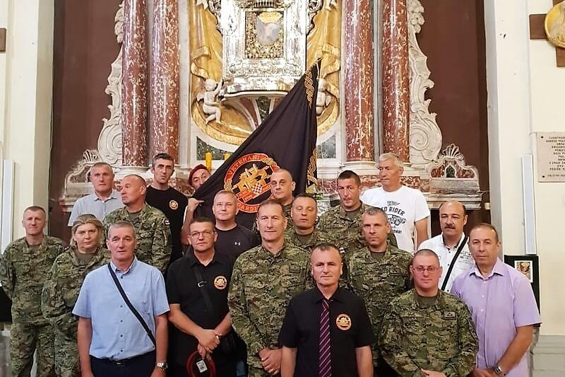 Veterani 4. gardijske brigade na IV. Regionalnom hodočašću hrvatskih branitelja, vojske i policije