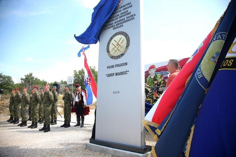 """Vojni poligon """"Crvena zemlja"""" preimenovan u čast Josipu Markiću, dozapovjedniku izvidničke satnije 4. gardijske brigade"""