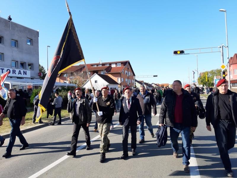 Veterani 4. gardijske brigade u Koloni sjećanja u Vukovaru